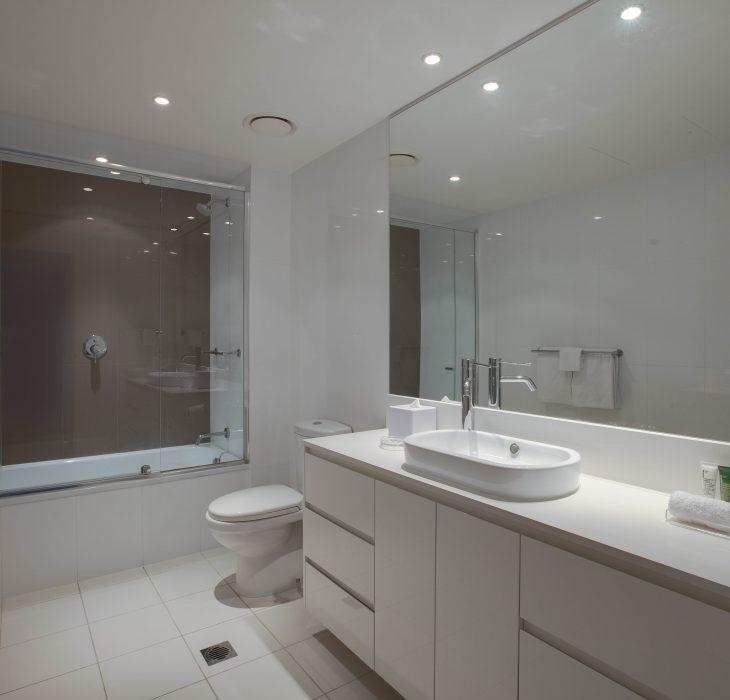 2-bedroom-sky-residence-bathroom